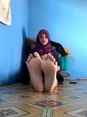 hijab malay feet and soles